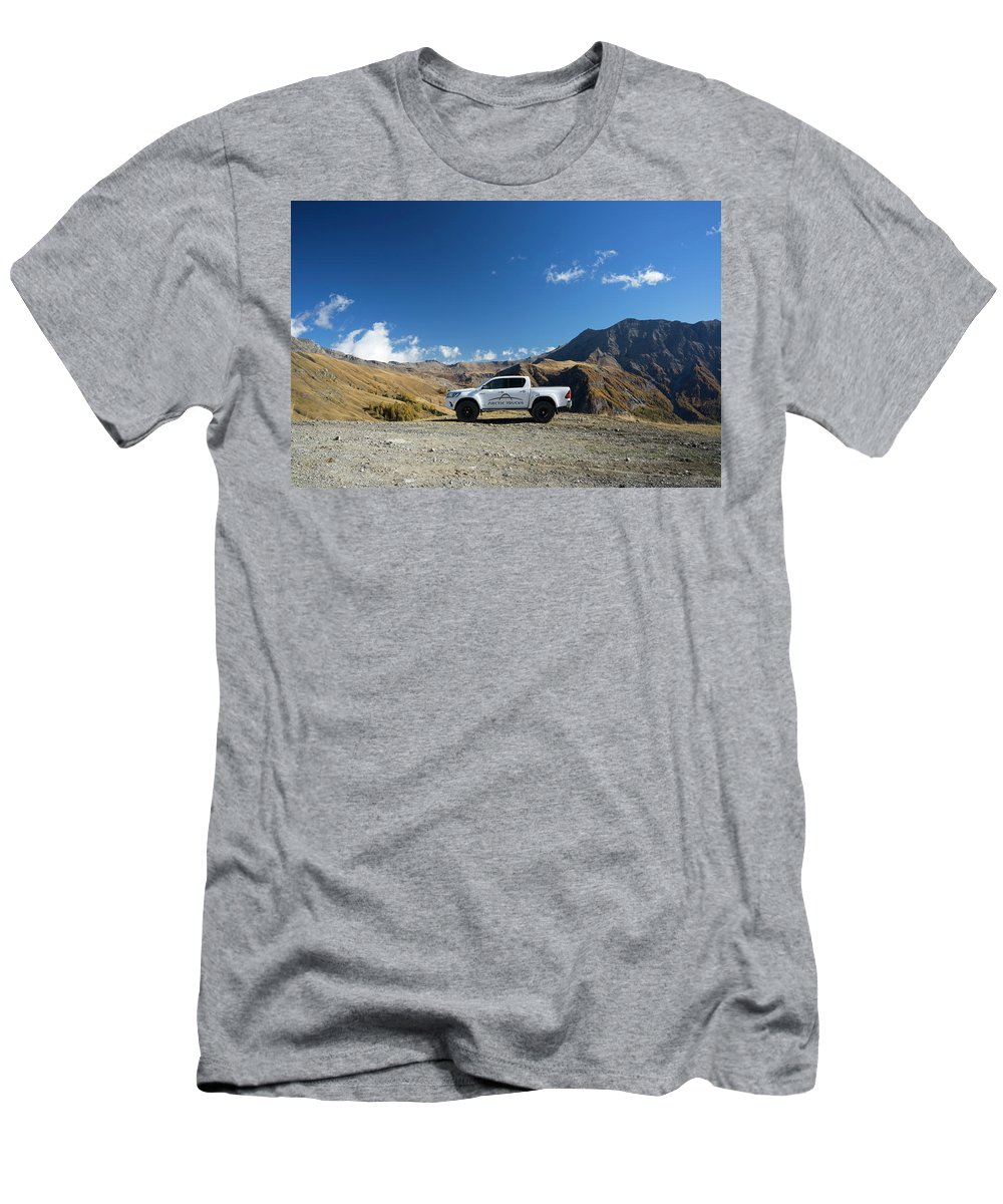 Hilux Men's T-Shirt (Athletic Fit) featuring the photograph Toyota Hilux At37 by Carlton Boyce