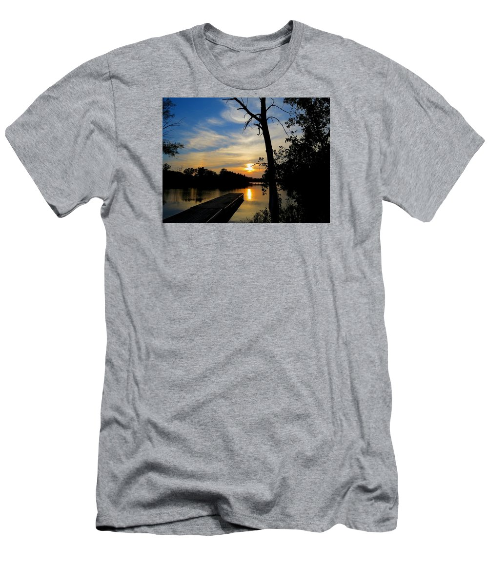 Dock Men's T-Shirt (Athletic Fit) featuring the photograph Tranquility by William Caine