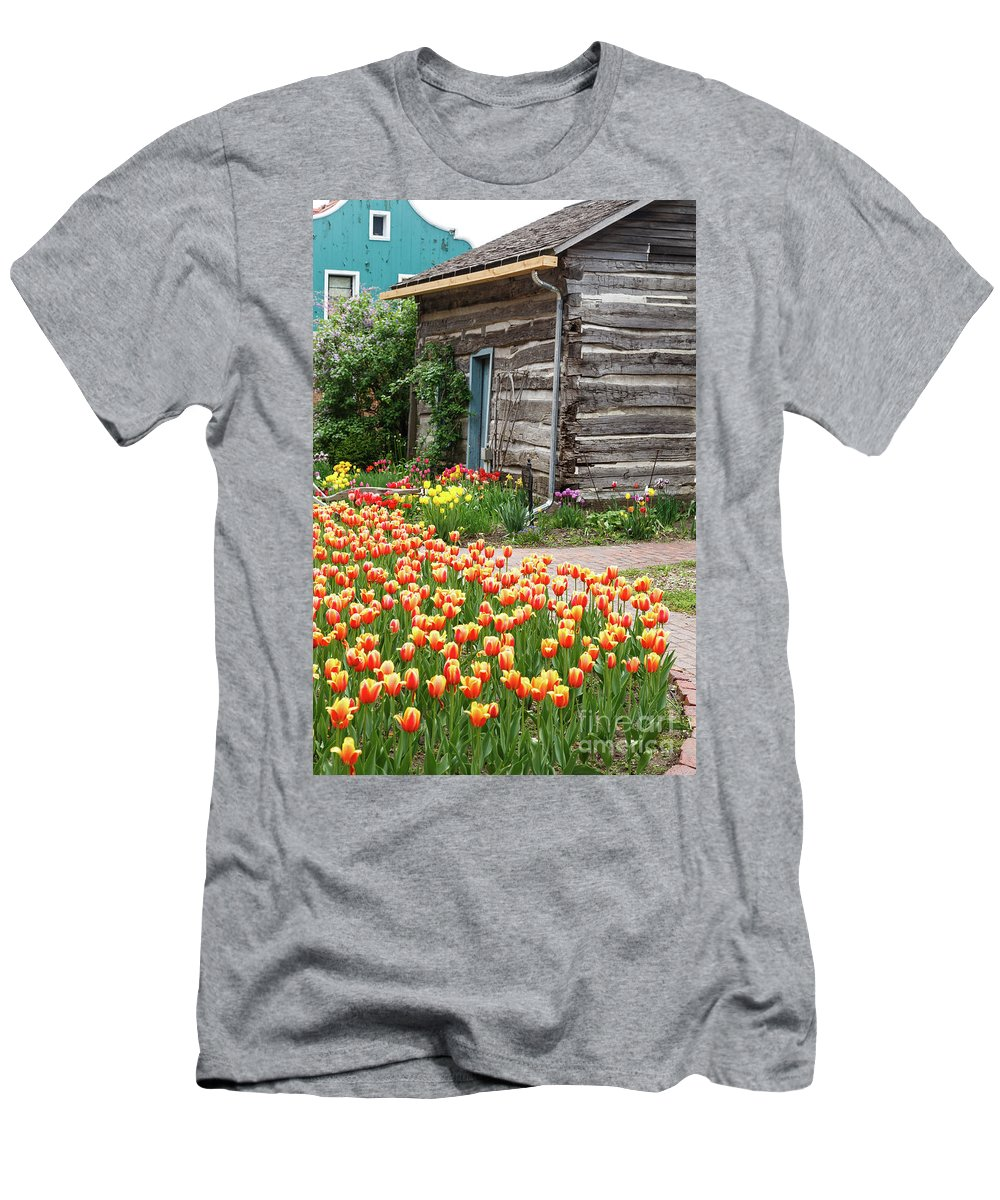 Tulips Men's T-Shirt (Athletic Fit) featuring the photograph Tulips Lead To The Cabin by Terri Morris