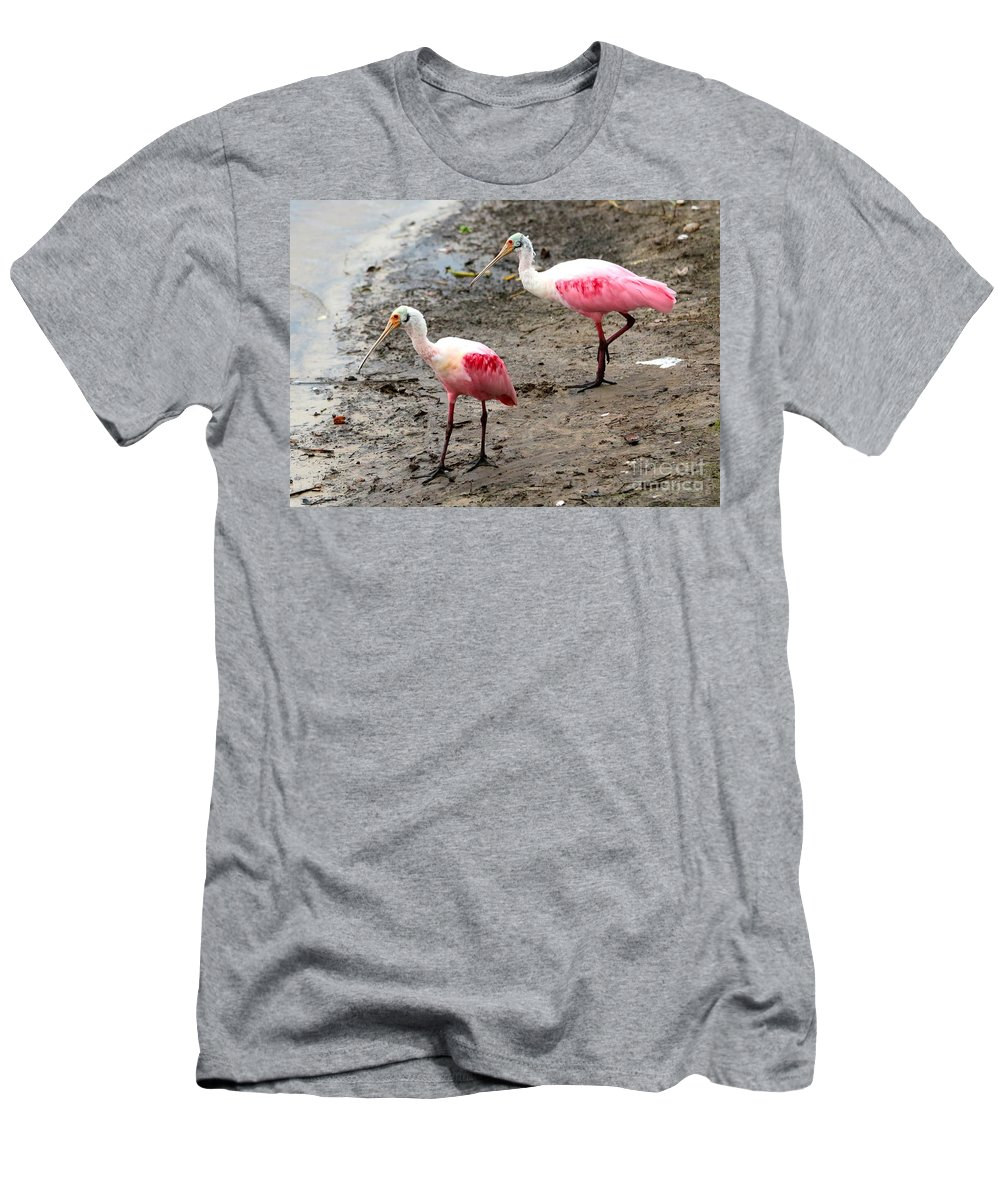 Two Birds Men's T-Shirt (Athletic Fit) featuring the photograph Two Roseate Spoonbills by Carol Groenen