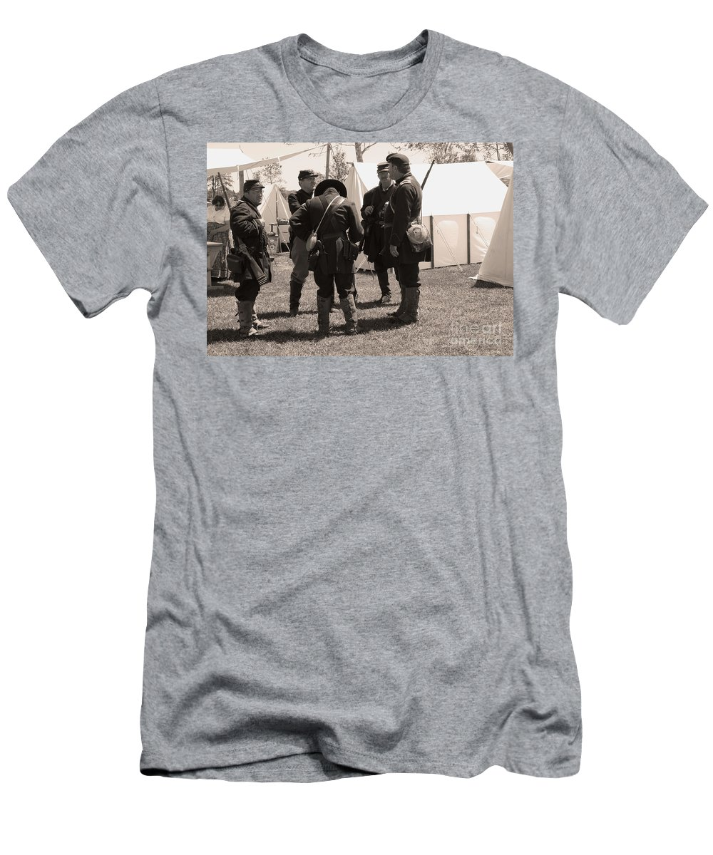 Civil War Men's T-Shirt (Athletic Fit) featuring the photograph Union Camplife by Tommy Anderson
