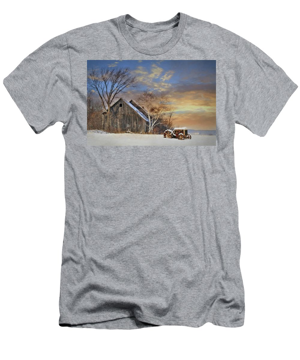 Barn Men's T-Shirt (Athletic Fit) featuring the photograph Vermont Sunset by Lori Deiter