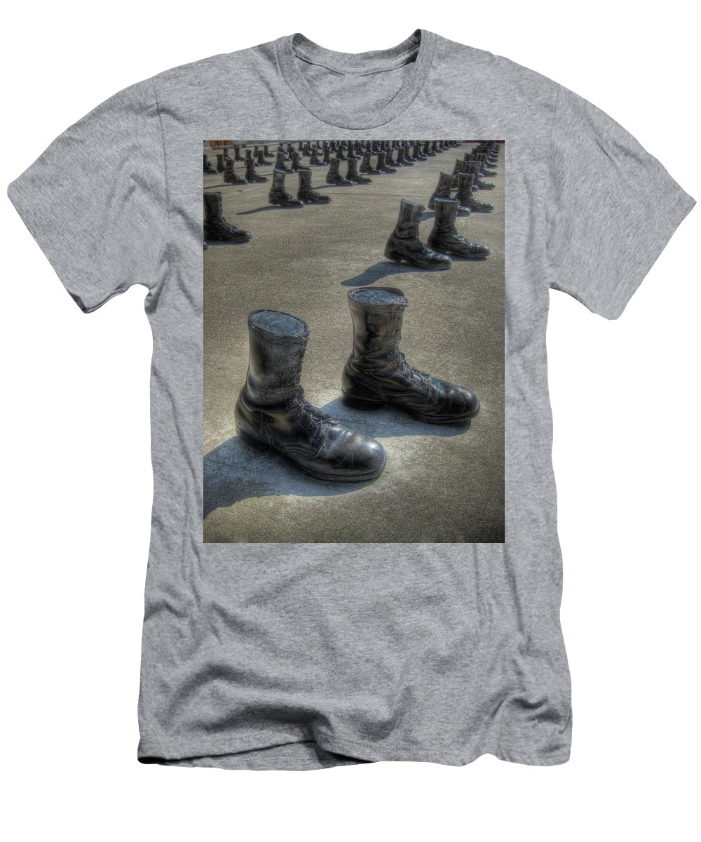 Boots Men's T-Shirt (Athletic Fit) featuring the photograph Veteran's Memorial Walk by Jane Linders