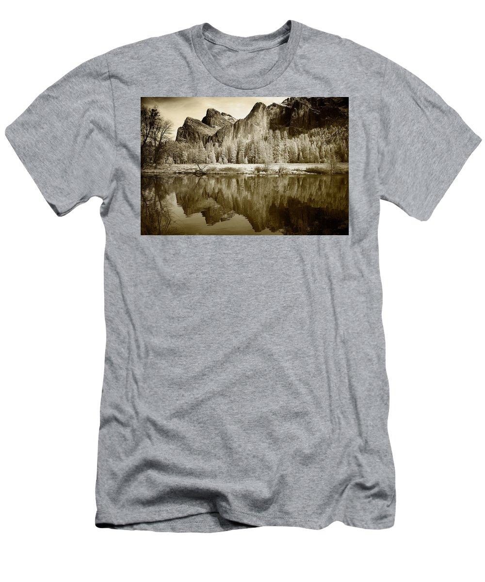 Yosemite Men's T-Shirt (Athletic Fit) featuring the photograph View Of Yosemite by American School