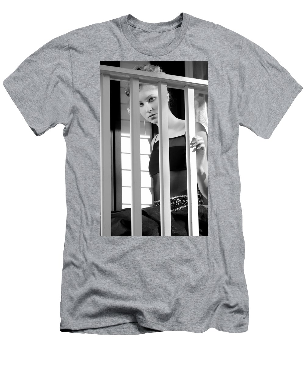 Clay Men's T-Shirt (Athletic Fit) featuring the photograph Watching by Clayton Bruster