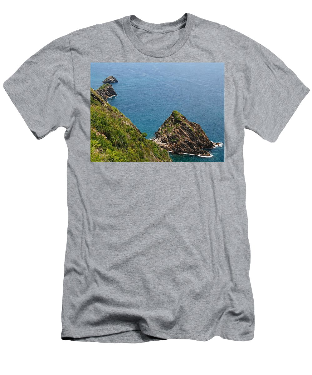 Cata Men's T-Shirt (Athletic Fit) featuring the photograph Way Cata Bay by Galeria Trompiz