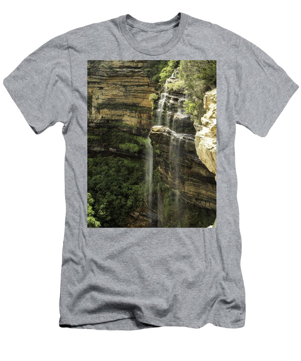 Blue Mountains Men's T-Shirt (Athletic Fit) featuring the photograph Wentworth Falls by Chris Cousins