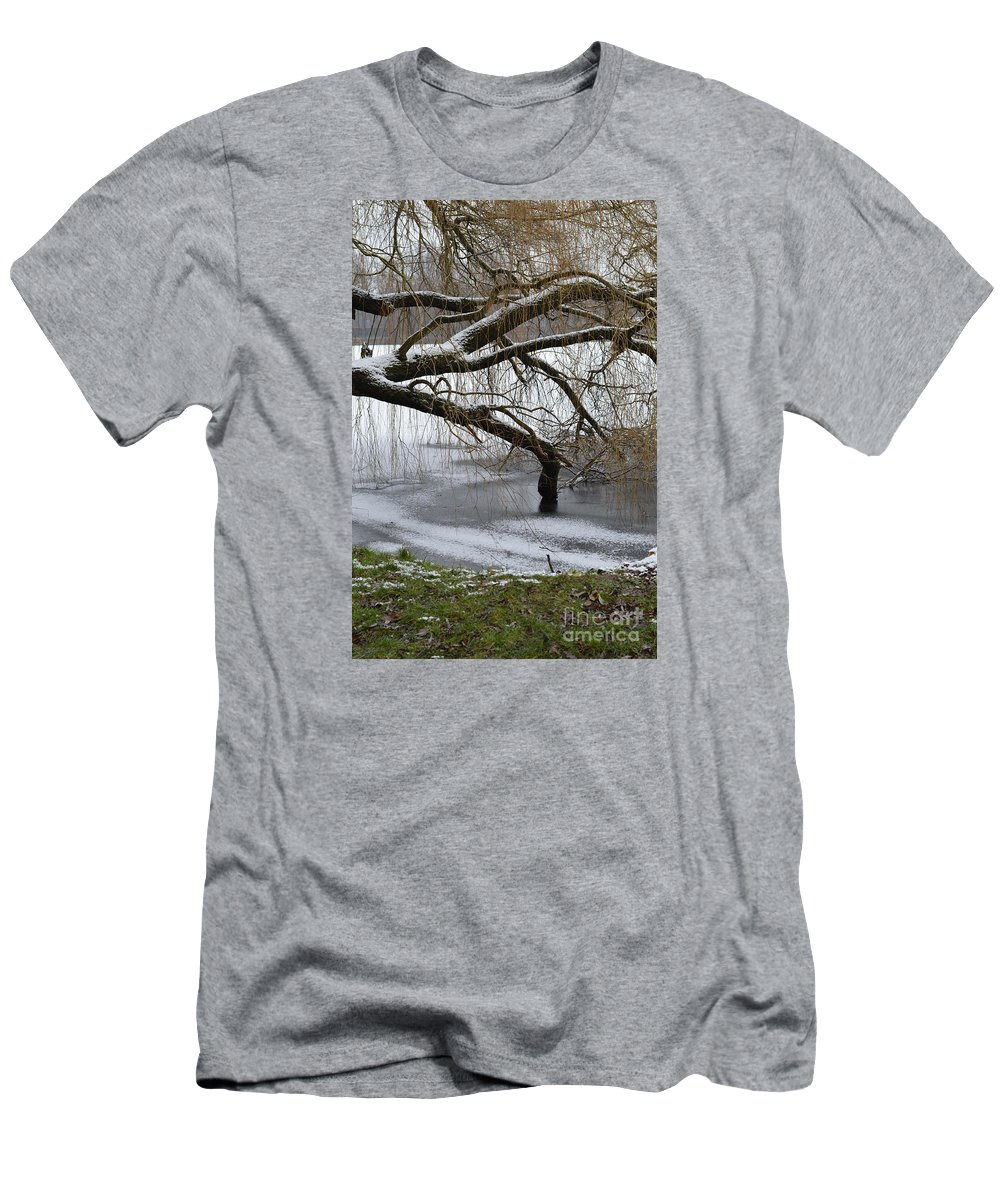 Willow Men's T-Shirt (Athletic Fit) featuring the photograph Willow Tree On The Frozen Lake Detail by Dejan Antanaskovic