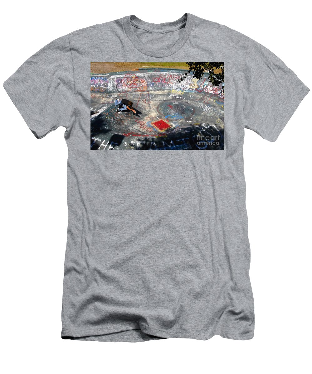 Falling Men's T-Shirt (Athletic Fit) featuring the photograph Wipe-out by David Lee Thompson