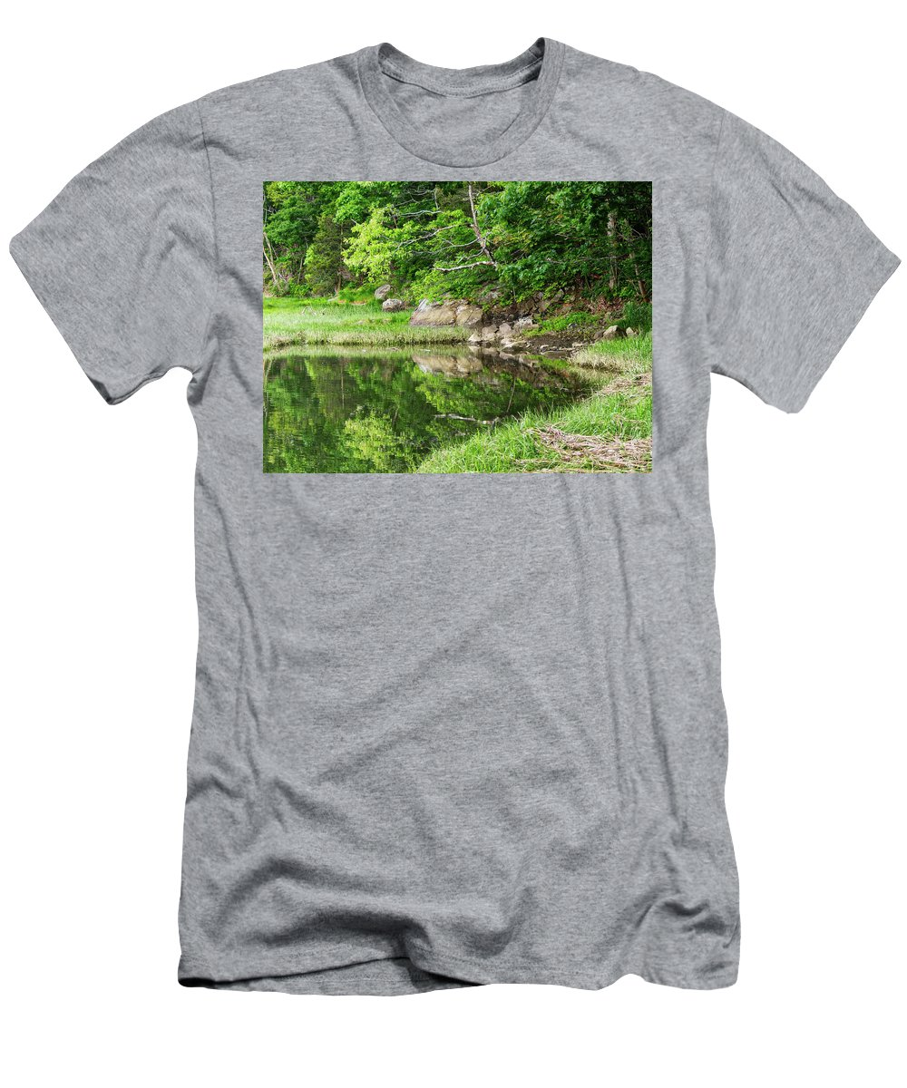 Trees Men's T-Shirt (Athletic Fit) featuring the photograph Green's Hill by Scott Hufford