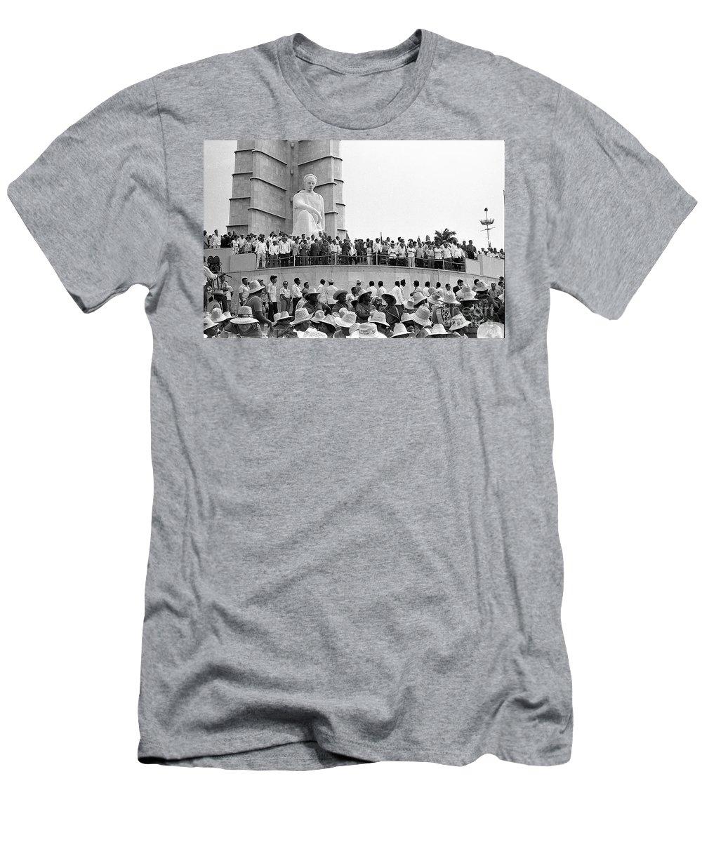 Men Men's T-Shirt (Athletic Fit) featuring the photograph Jose Marti Memorial by Venancio Diaz