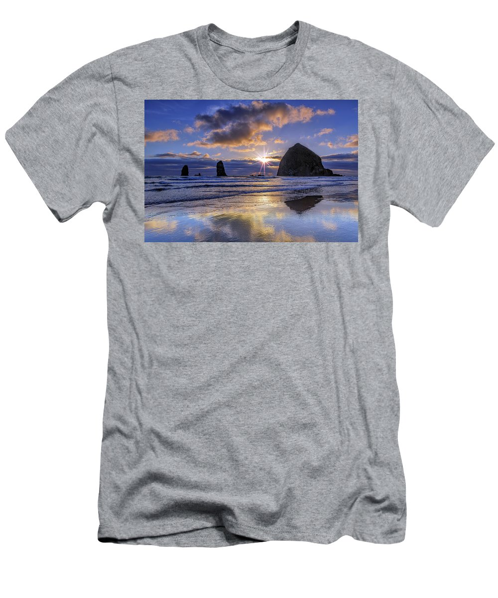 Oregon Men's T-Shirt (Athletic Fit) featuring the photograph Haystack Sunset by Rick Berk