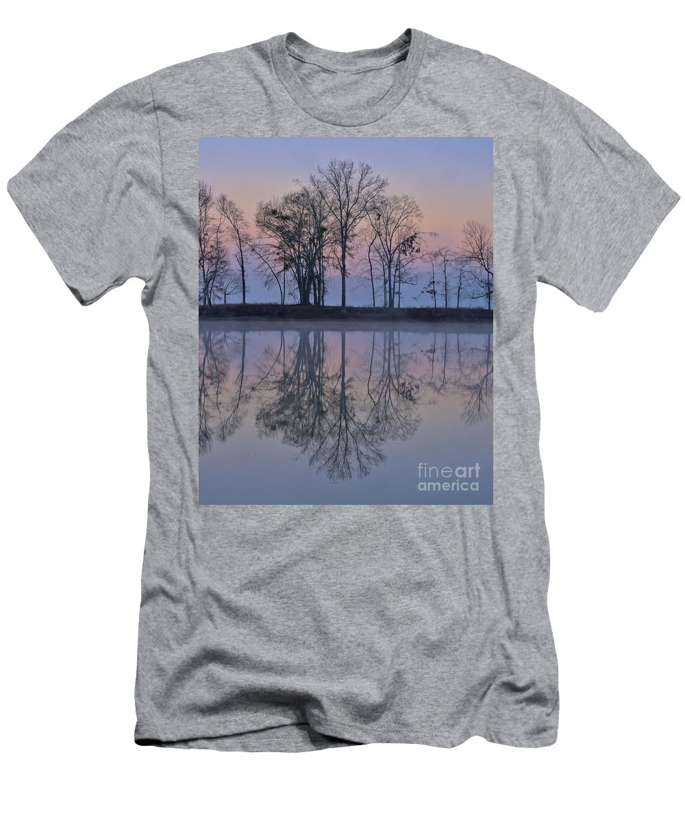 Alabama Men's T-Shirt (Athletic Fit) featuring the photograph Reflections On The Lake by Ken Johnson