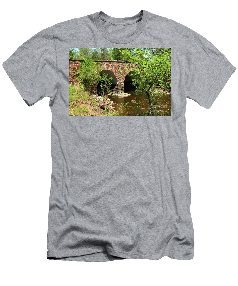 Stone Bridge Men's T-Shirt (Athletic Fit) featuring the photograph Stone Bridge At The Eastern Entrance Of The Manassas Battlefield by Christiane Schulze Art And Photography