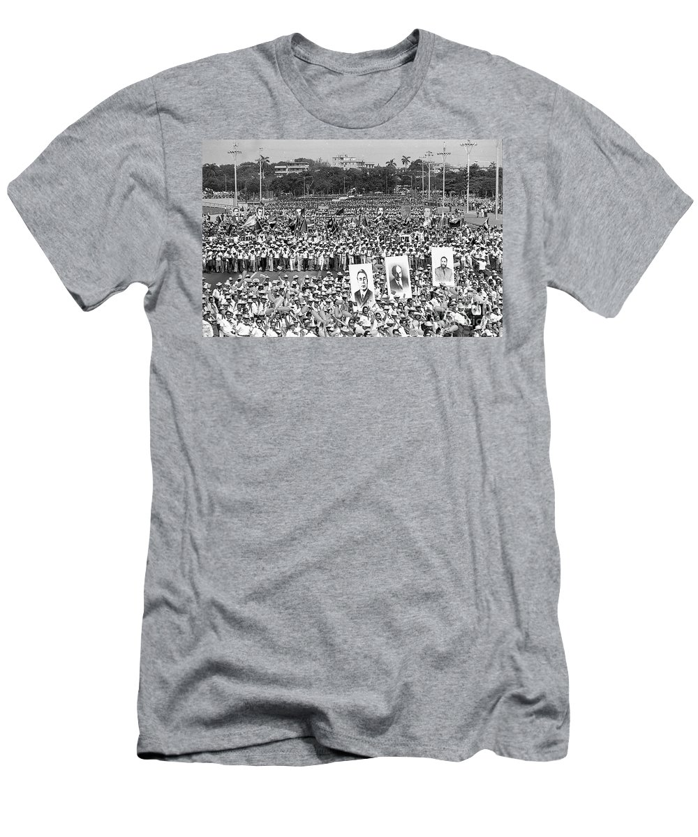 New Images Of The Time Men's T-Shirt (Athletic Fit) featuring the photograph The Move East by Venancio Diaz