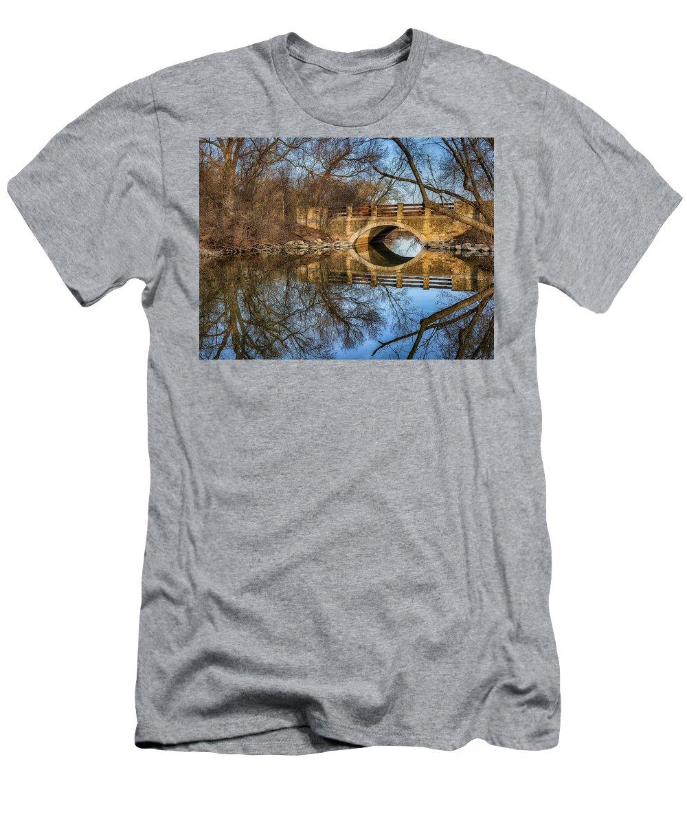 Bridge Men's T-Shirt (Athletic Fit) featuring the photograph Uw Arboretum by Brad Bellisle