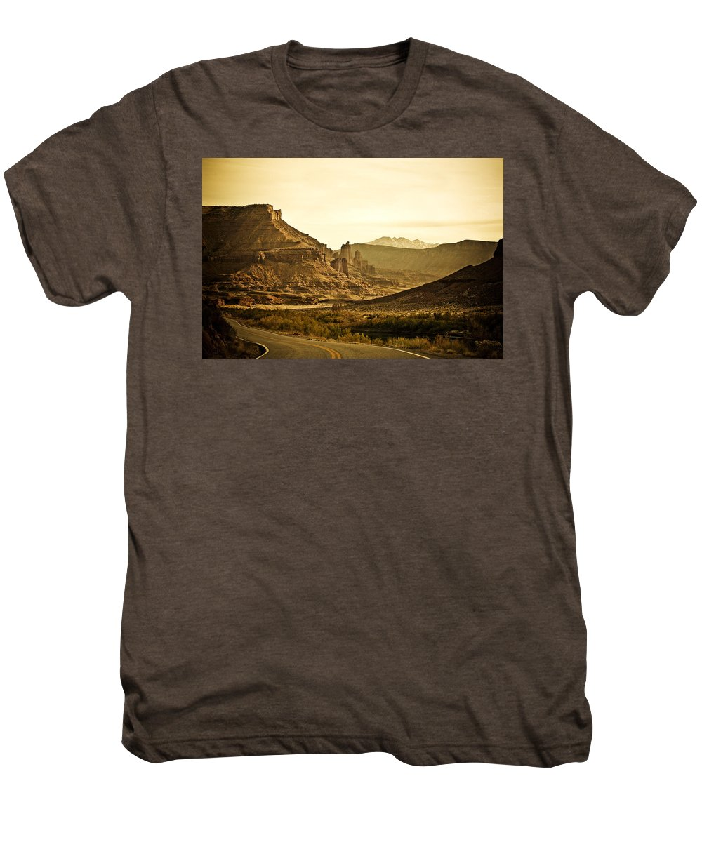 Americana Men's Premium T-Shirt featuring the photograph Evening In The Canyon by Marilyn Hunt