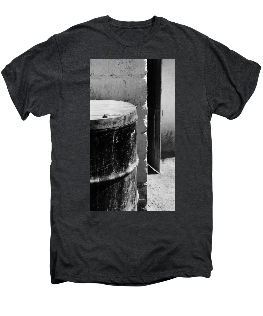Skip Hunt Men's Premium T-Shirt featuring the photograph Agua by Skip Hunt
