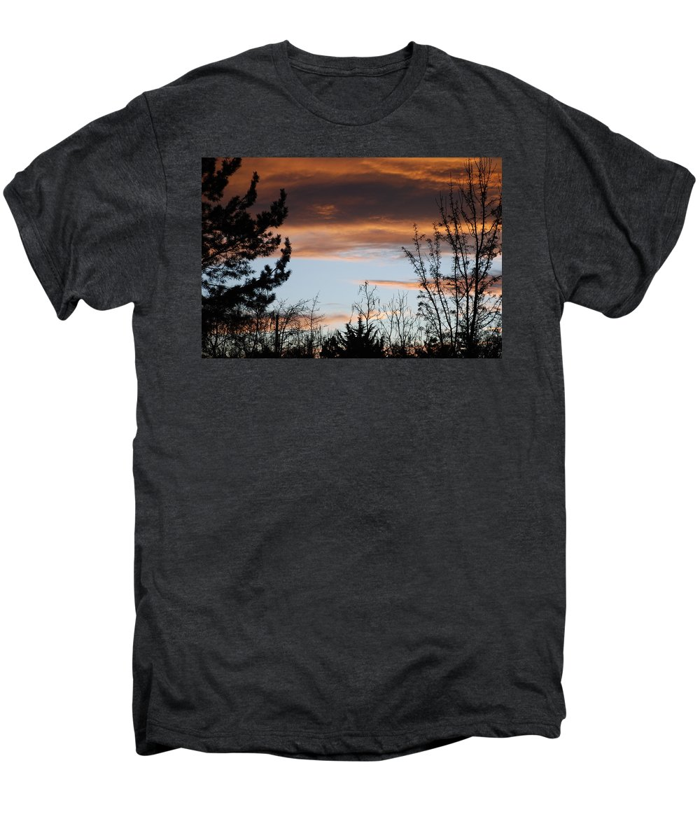 Sunset Men's Premium T-Shirt featuring the photograph Sunset Thru The Trees by Rob Hans