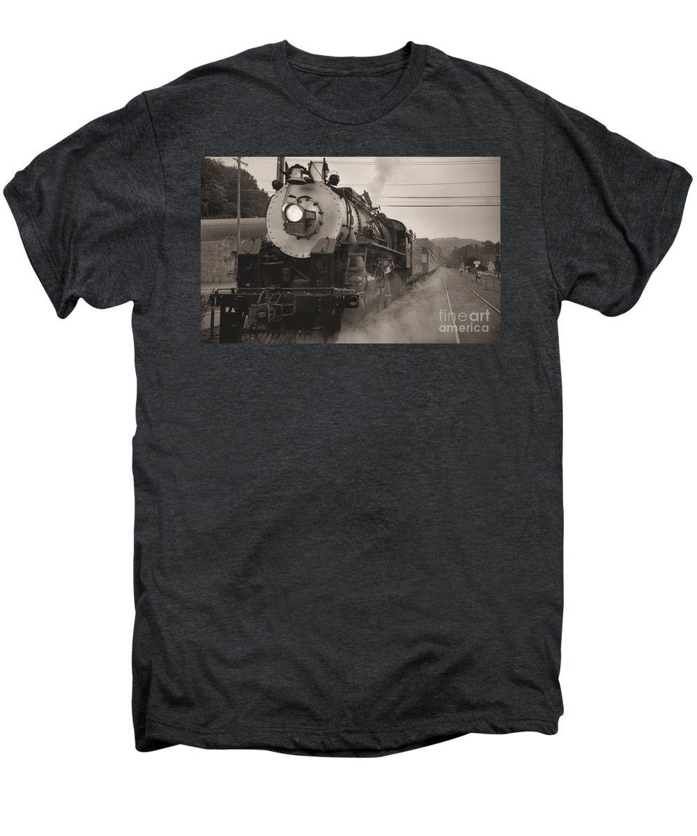 Trains Men's Premium T-Shirt featuring the photograph The 1702 At Dillsboro by Richard Rizzo