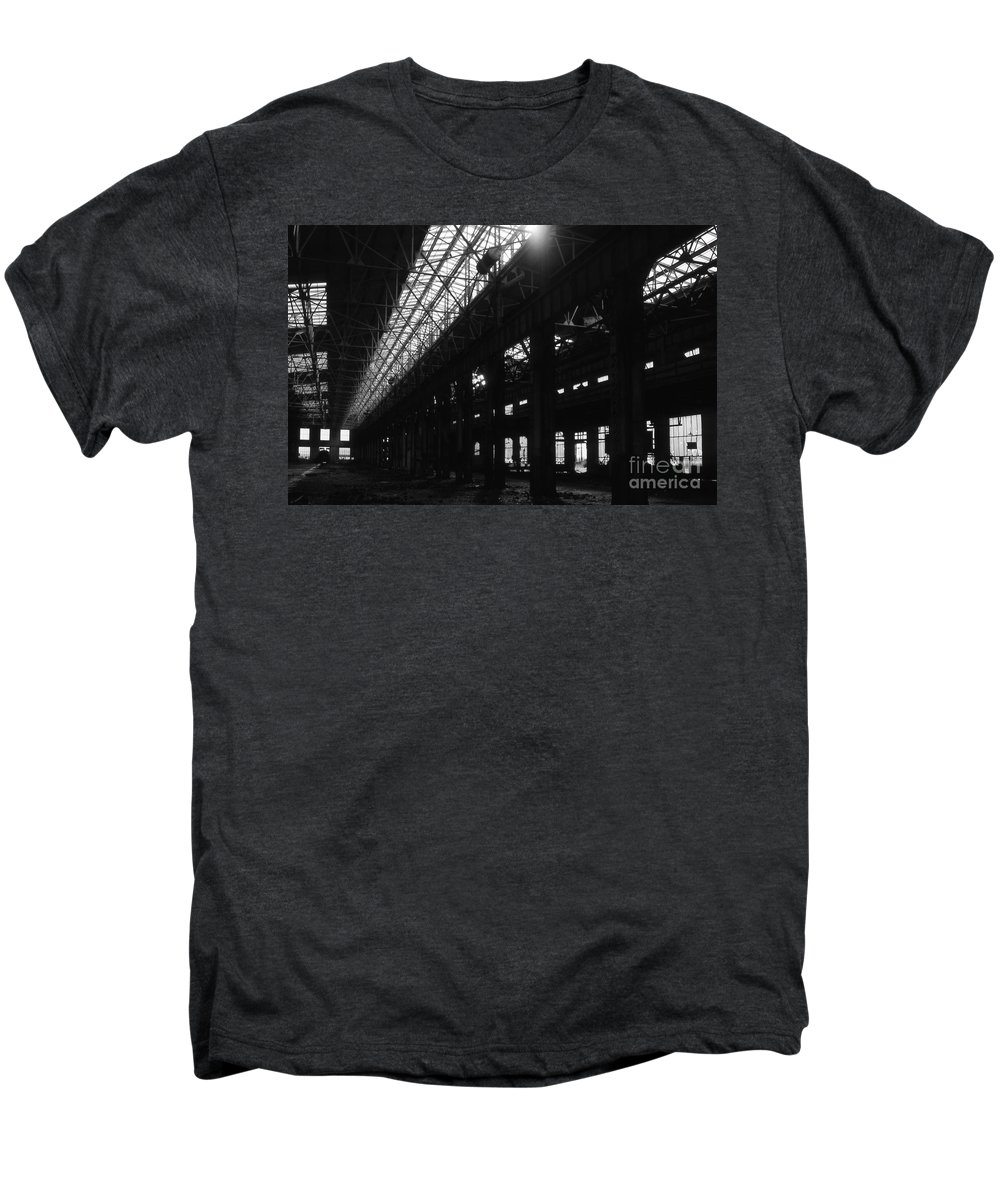 Buildings Men's Premium T-Shirt featuring the photograph The Back Shop by Richard Rizzo