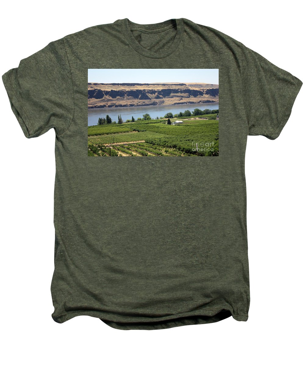 Columbia River Gorge Men's Premium T-Shirt featuring the photograph Just Add Water... by Carol Groenen