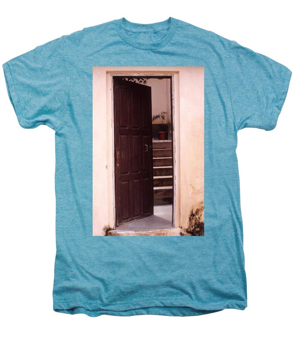 Bahia Men's Premium T-Shirt featuring the photograph Bahian Opening by Patrick Klauss