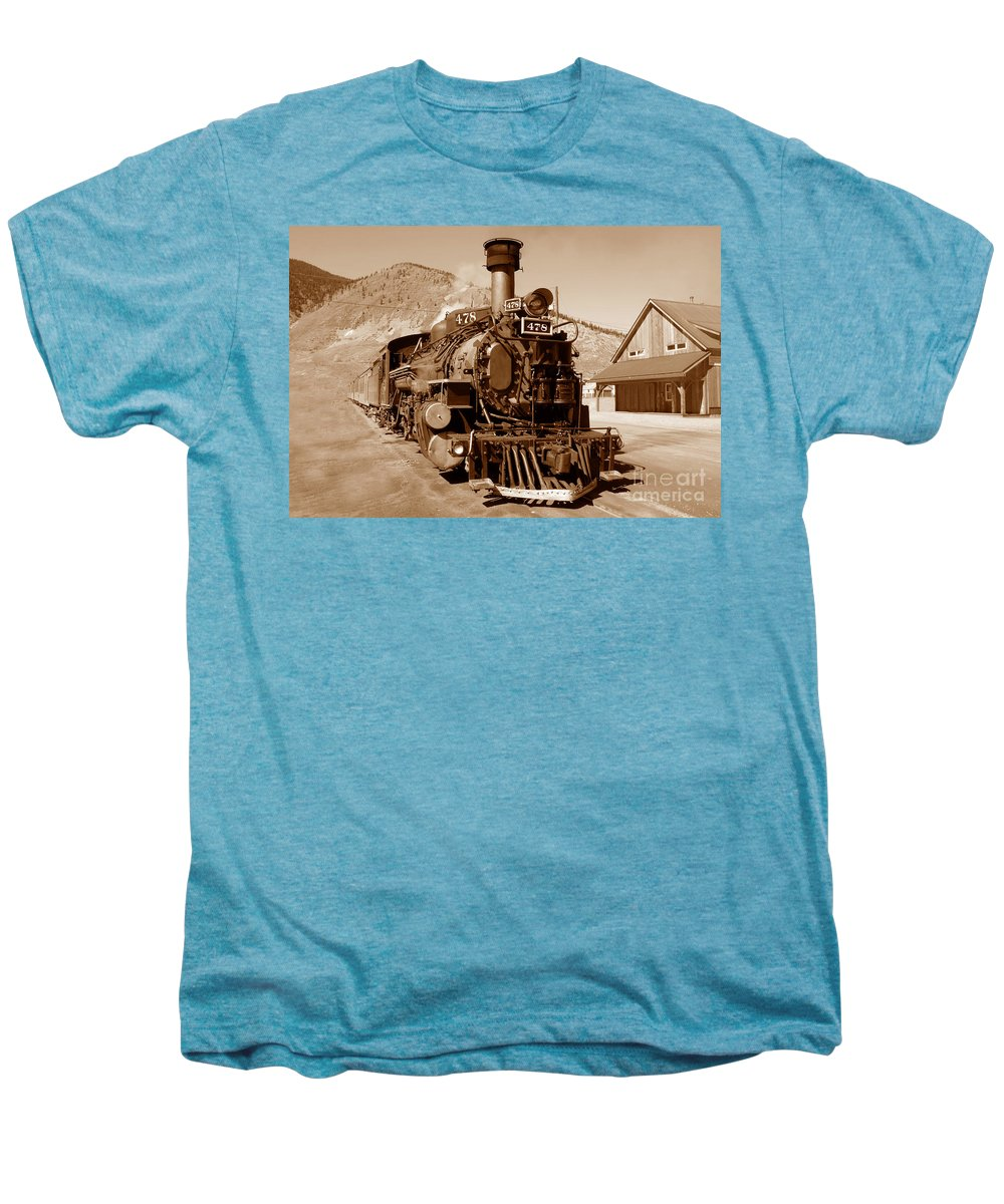 Train Men's Premium T-Shirt featuring the photograph Engine Number 478 by David Lee Thompson