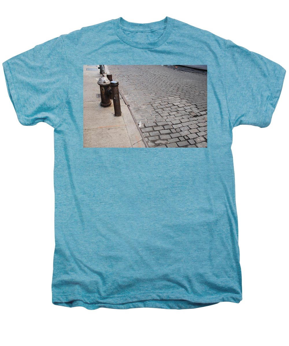 Architecture Men's Premium T-Shirt featuring the photograph Forgotten N Y by Rob Hans