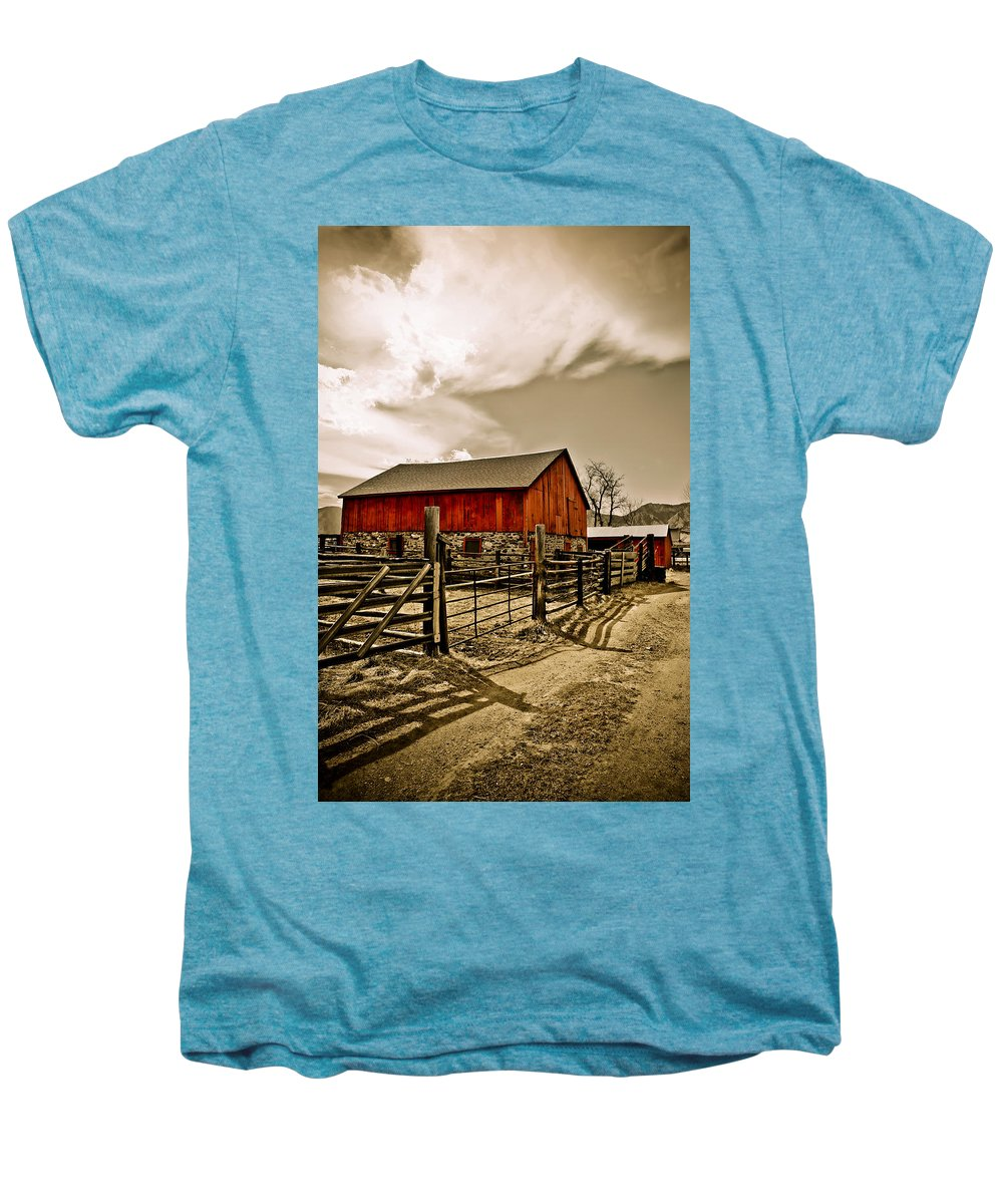 Americana Men's Premium T-Shirt featuring the photograph Old Country Farm by Marilyn Hunt