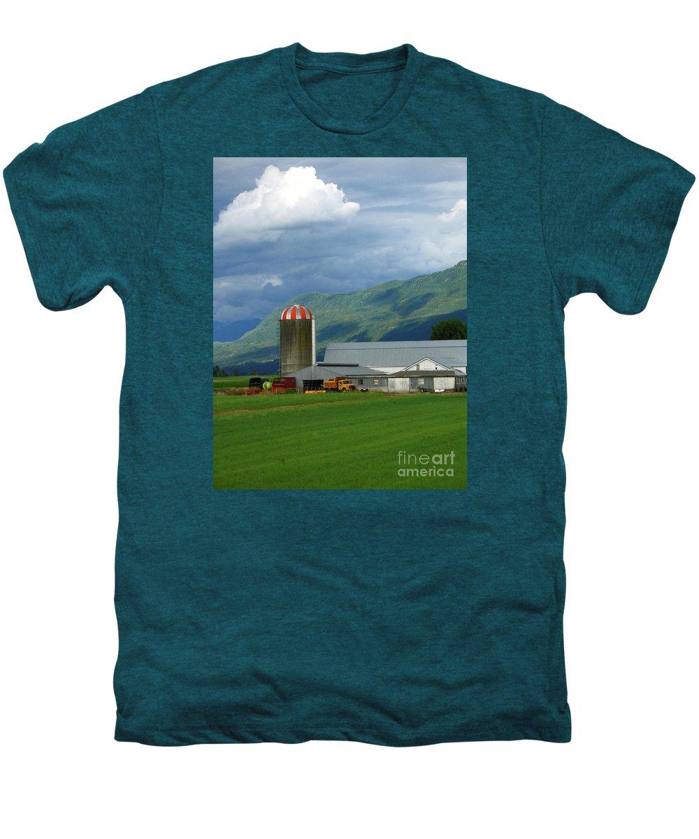 Farm Men's Premium T-Shirt featuring the photograph Farm In The Valley by Ann Horn