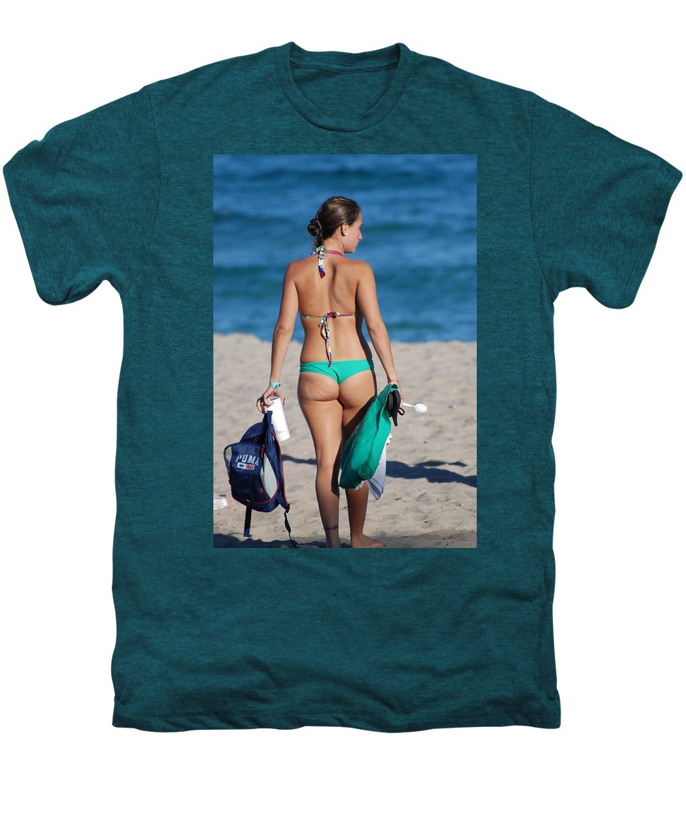 Girl Men's Premium T-Shirt featuring the photograph Domino by Rob Hans