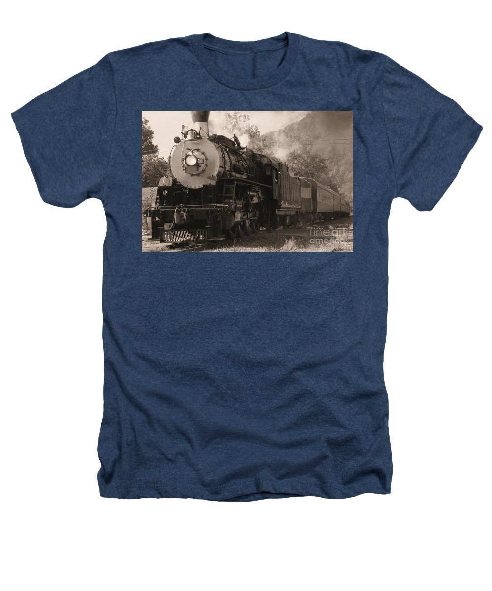 Trains Heathers T-Shirt featuring the photograph Coming Around The Mountain by Richard Rizzo