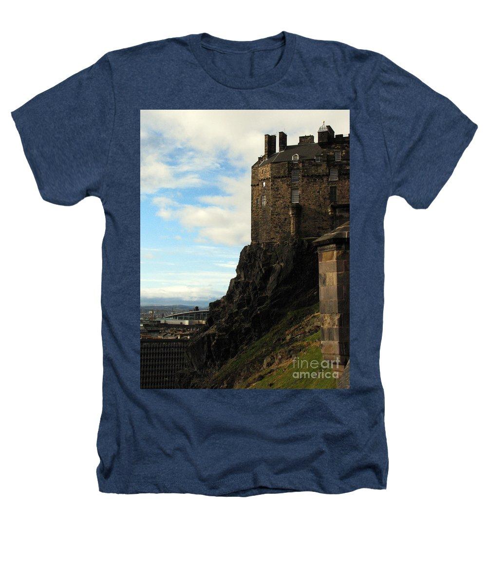 Castle Heathers T-Shirt featuring the photograph Edinburgh Castle by Amanda Barcon