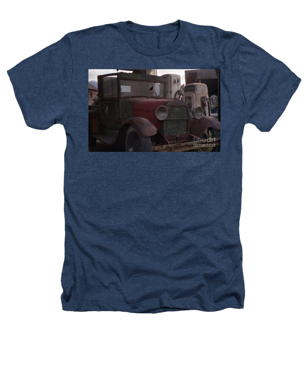 Gas Station Heathers T-Shirt featuring the photograph Full Service by Richard Rizzo