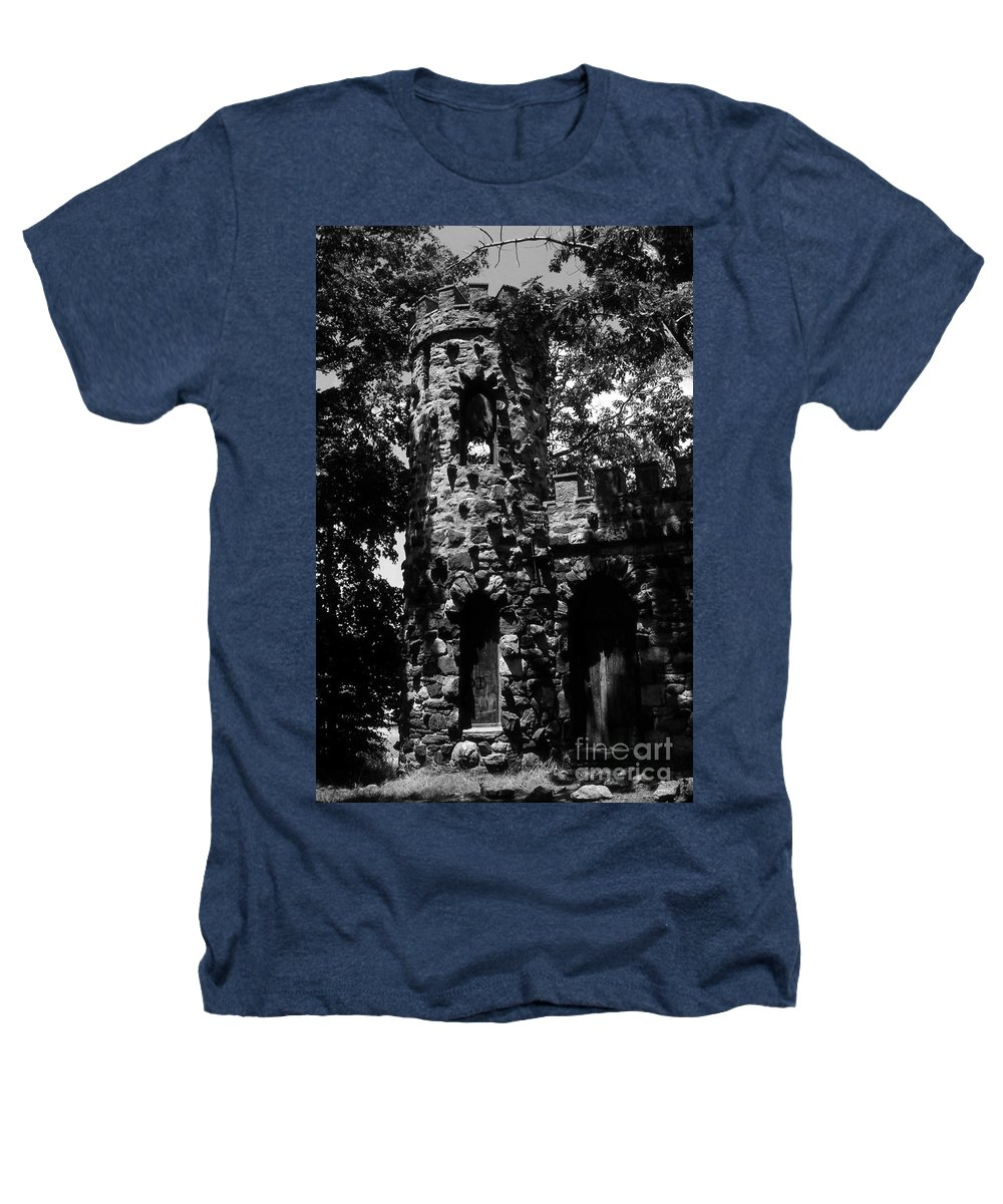 Castle Heathers T-Shirt featuring the photograph Glen Island Castle by Richard Rizzo