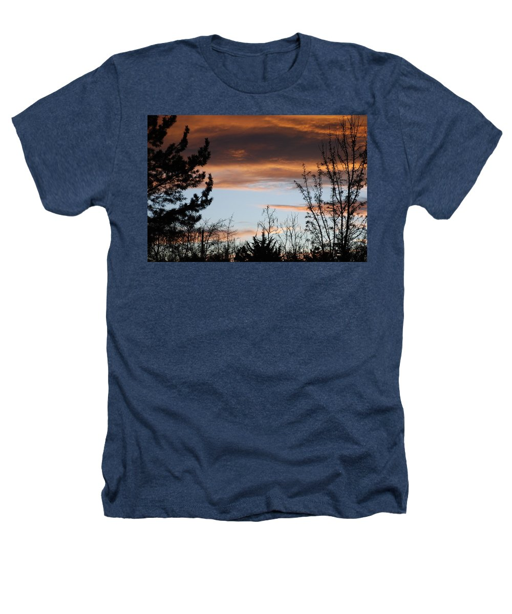 Sunset Heathers T-Shirt featuring the photograph Sunset Thru The Trees by Rob Hans
