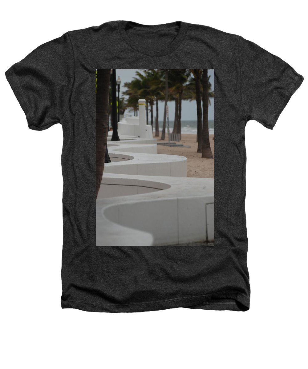 Pop Art Heathers T-Shirt featuring the photograph Zig Zag At The Beach by Rob Hans