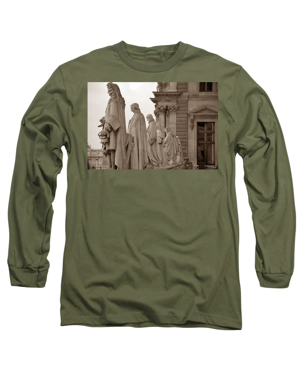 Paris Long Sleeve T-Shirt featuring the photograph Art Observing Life by J Todd