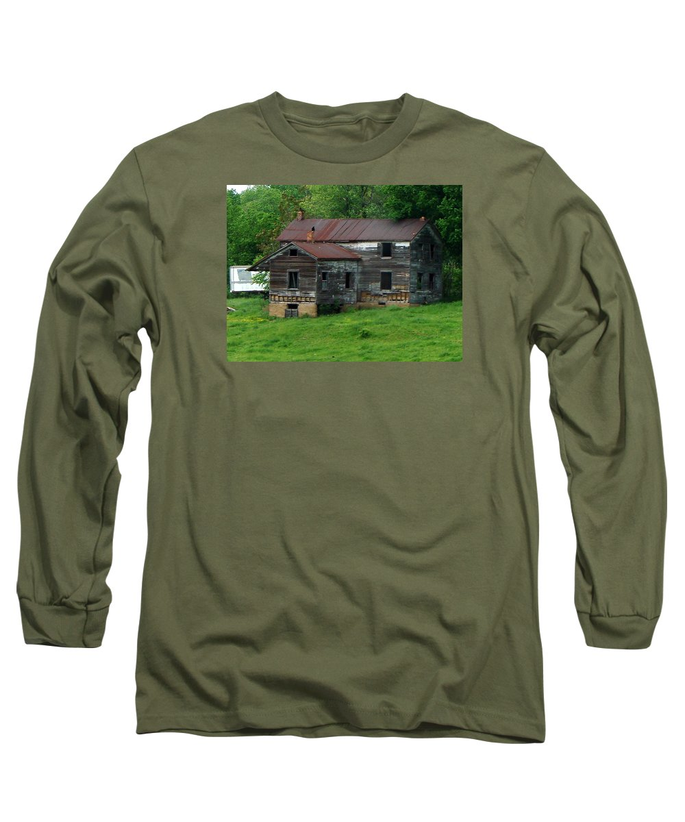 Oldhouse Long Sleeve T-Shirt featuring the photograph Birds On Chimneys by J R  Seymour