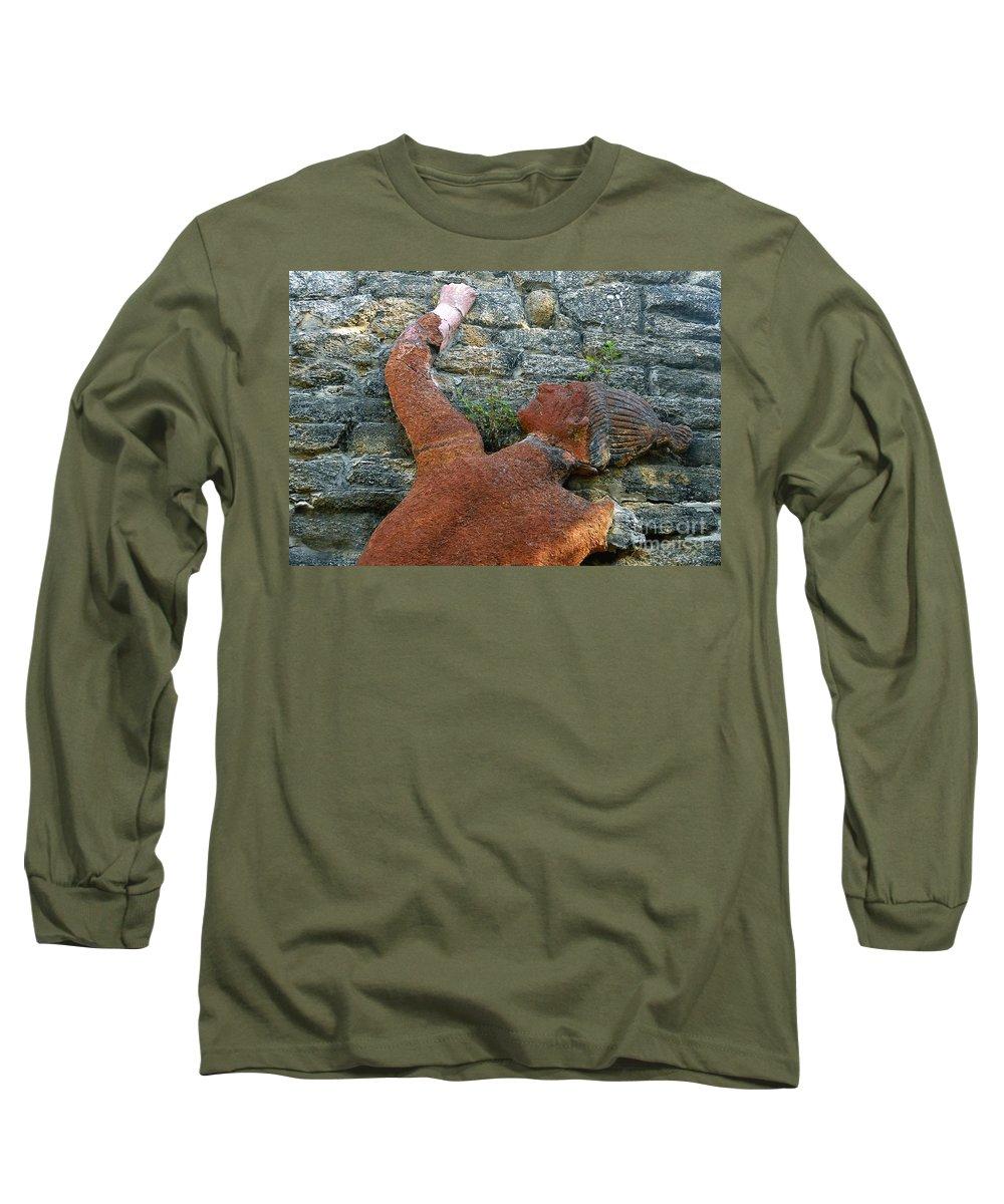 Tomoka State Park Long Sleeve T-Shirt featuring the photograph Climbing To Tomoka by David Lee Thompson