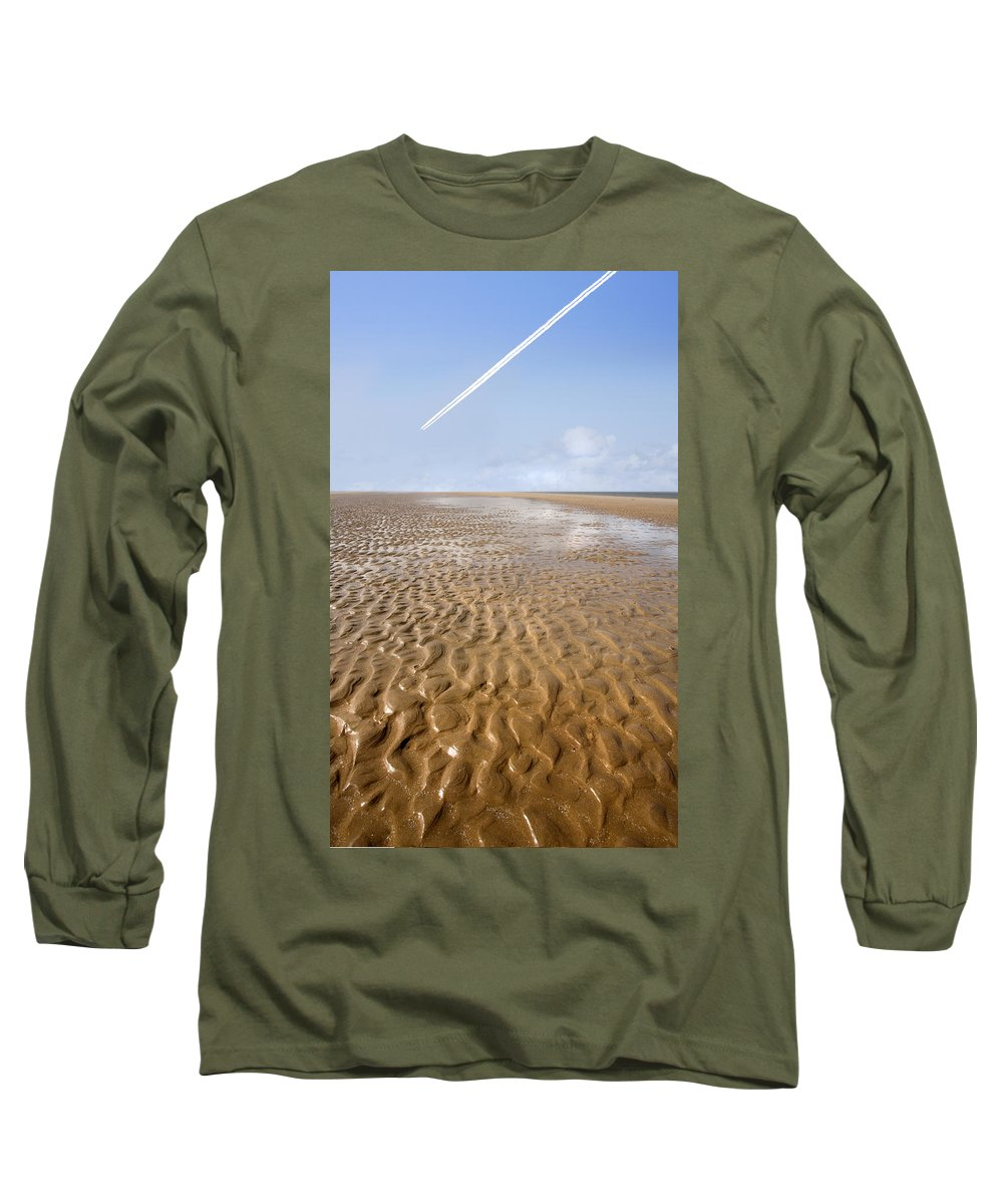 Travel Long Sleeve T-Shirt featuring the photograph Distant Horizon by Mal Bray