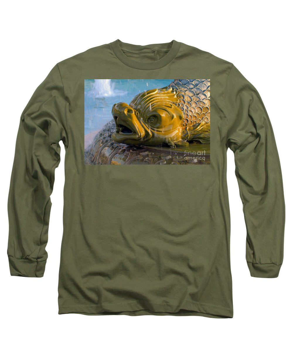 Fish Long Sleeve T-Shirt featuring the photograph Fish Out Of Water by David Lee Thompson