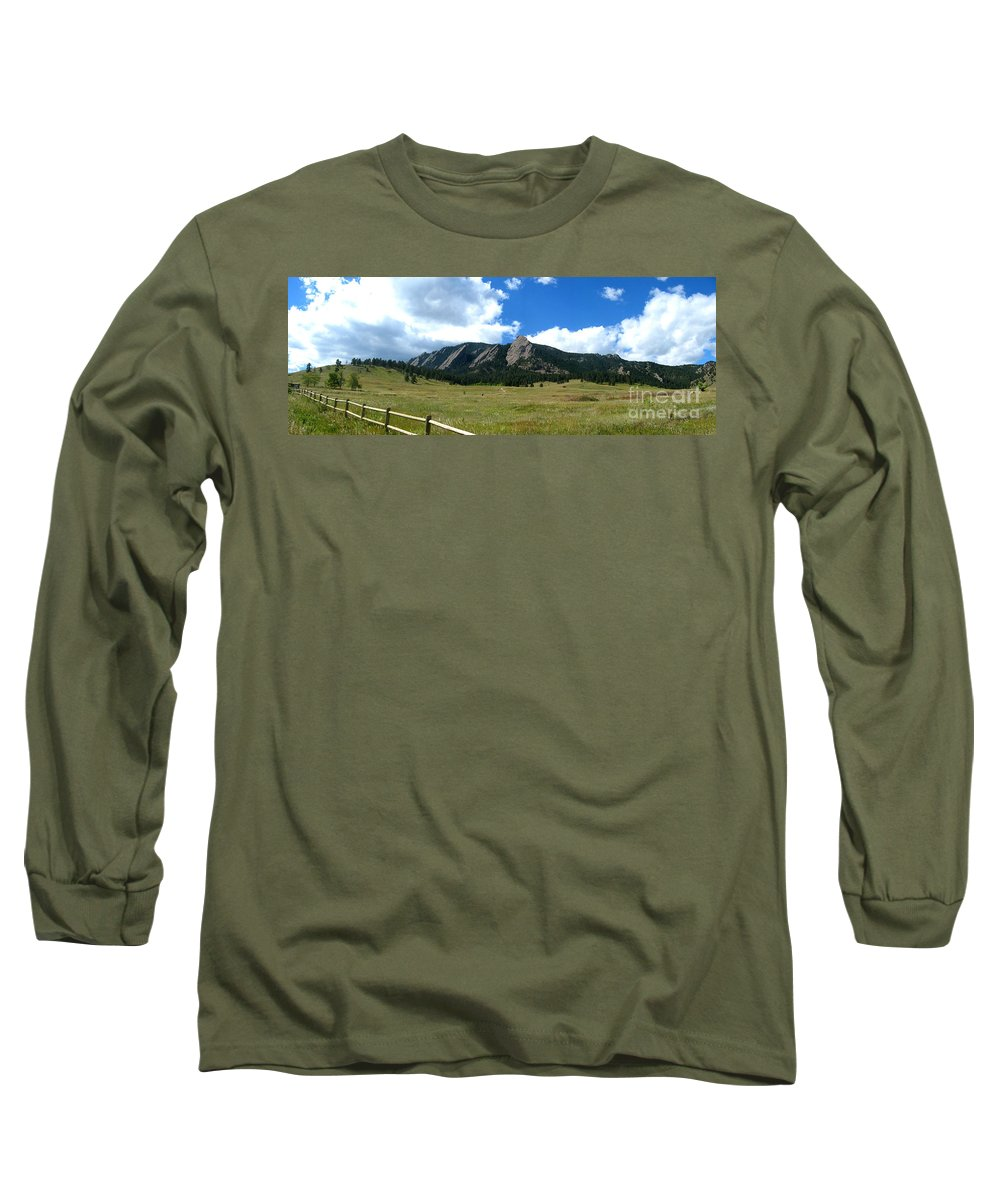 Flatiron Long Sleeve T-Shirt featuring the photograph Flatirons Panorama by Thomas Marchessault
