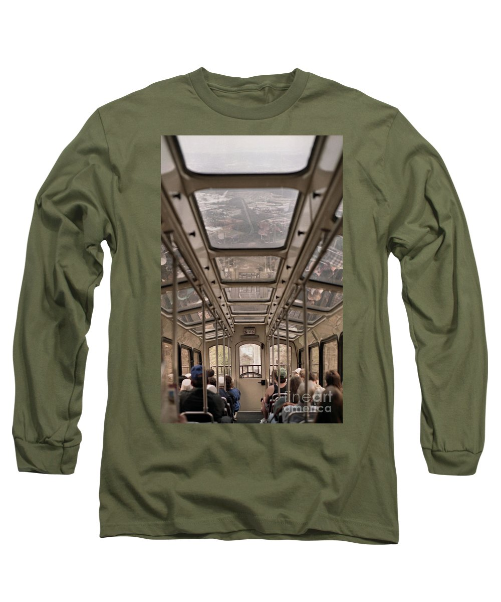 Cable Car Long Sleeve T-Shirt featuring the photograph Going Down by Richard Rizzo