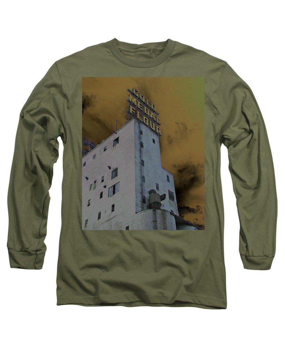 Minneapolis Long Sleeve T-Shirt featuring the photograph Gold Medal Flour by Tom Reynen
