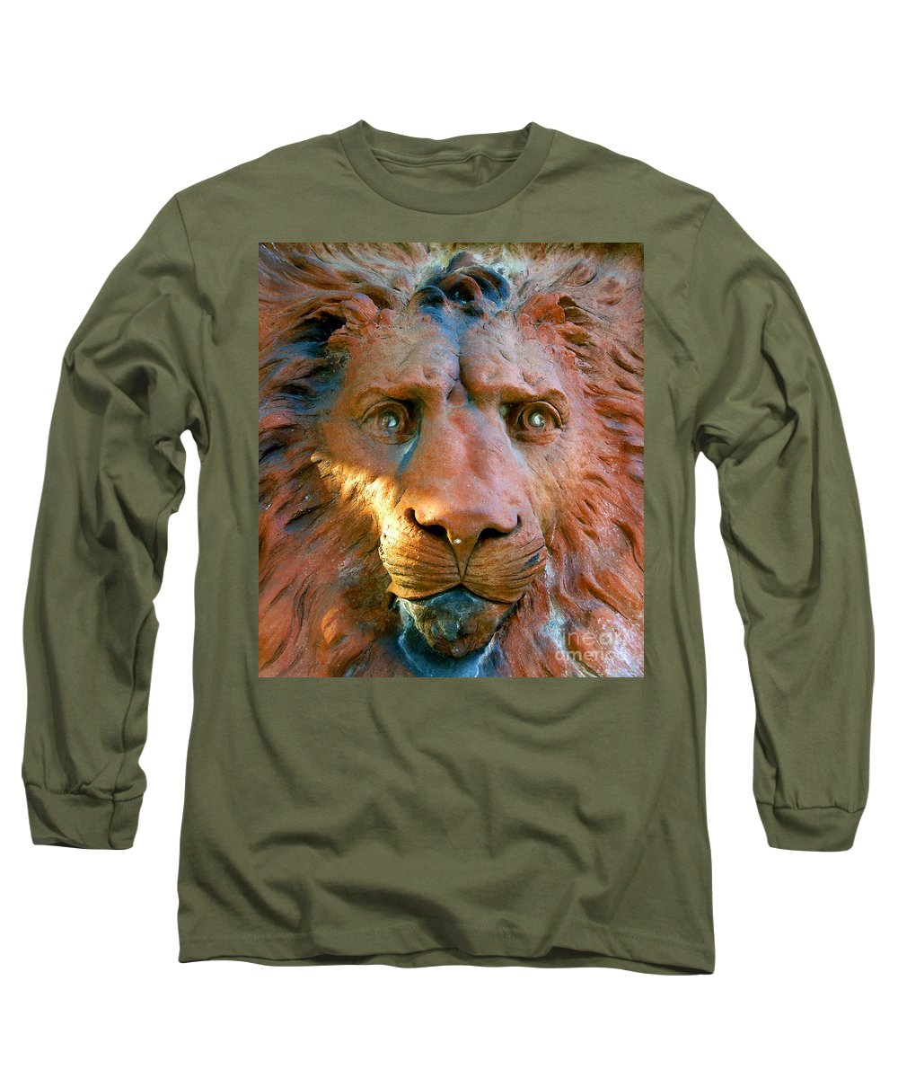 Saint Augustine Florida Long Sleeve T-Shirt featuring the photograph Lion Of Saint Augustine by David Lee Thompson