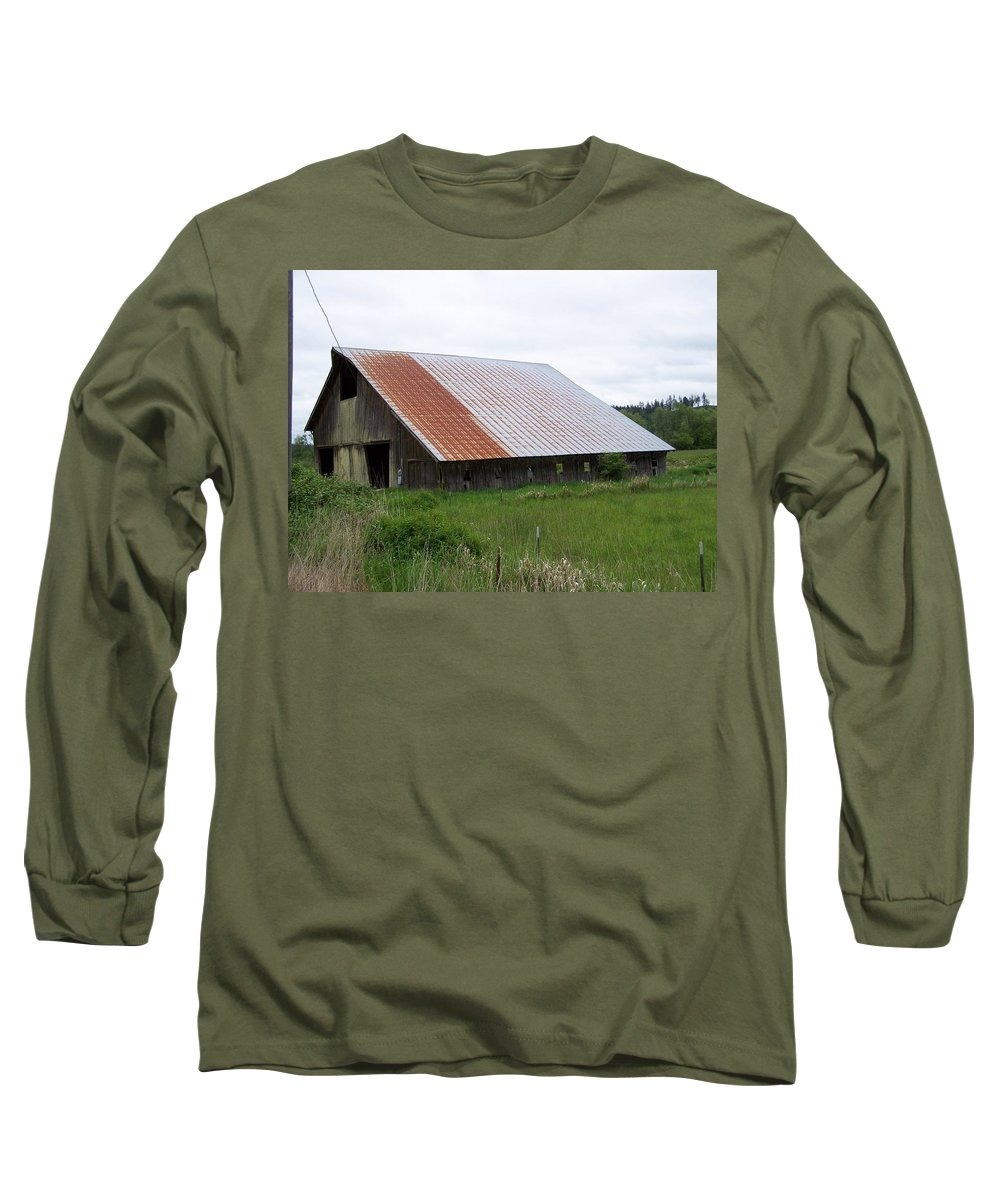 Barn Long Sleeve T-Shirt featuring the photograph Old Tin Roof Barn Washington State by Laurie Kidd