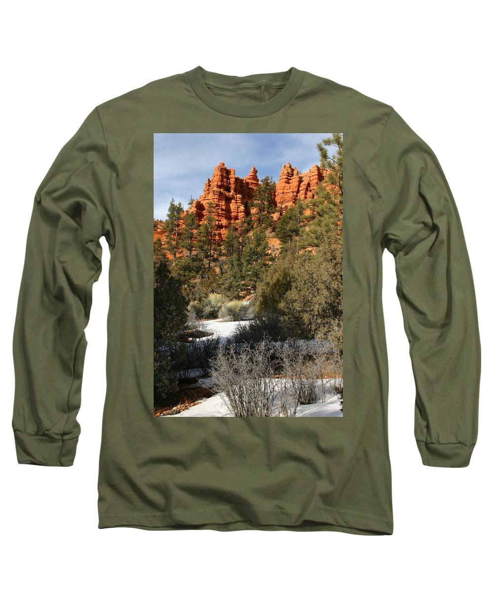Red Rocks Long Sleeve T-Shirt featuring the photograph Redrock Winter by Nelson Strong