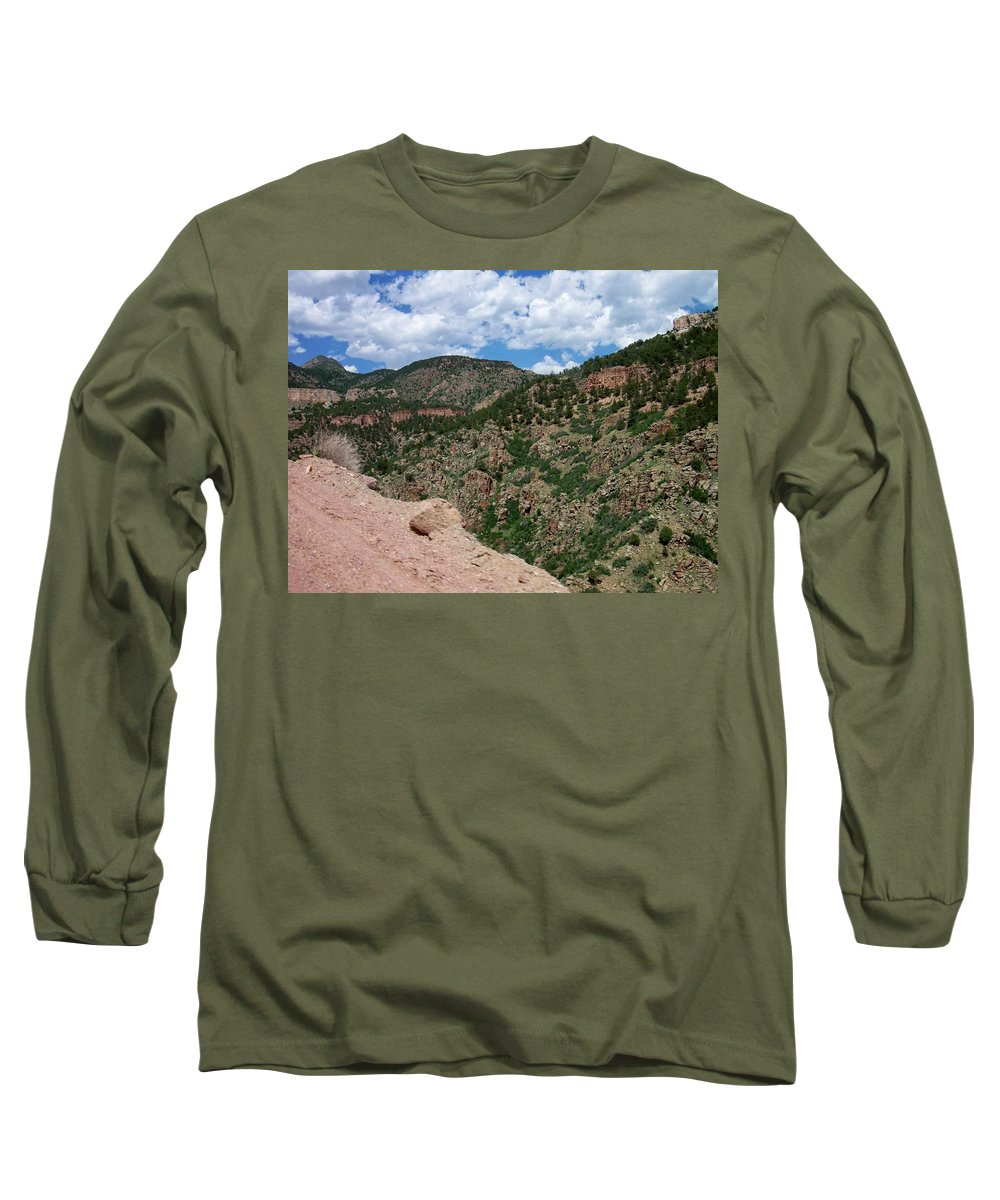 Shelf Road Long Sleeve T-Shirt featuring the photograph Shelf Road Drop Off by Anita Burgermeister